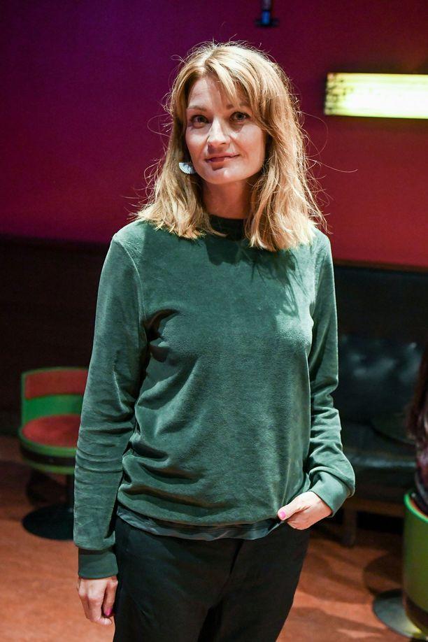 Näyttelijä Matleena Kuusniemi hyppää jälleen Pauliinan saappaisiin. Viime kuukausina Kuusniemi on puhunut aktiivisesti naisten asemasta tv- ja elokuva-alalla me too -kampanjan myötä.