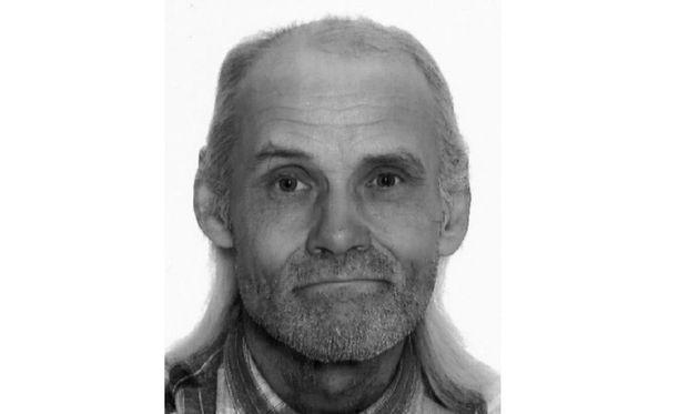 Poliisi etsii kuvan 67-vuotiasta miestä. Hän kärsii muistisairaudesta.