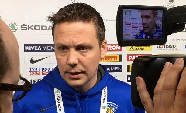 Päävalmentaja Lauri Marjamäellä on rauhallinen olo ennen Tanskan MM-kisojen avausottelua. Suomi kohtaa Etelä-Korean lauantaina kello 17.15 alkaen.