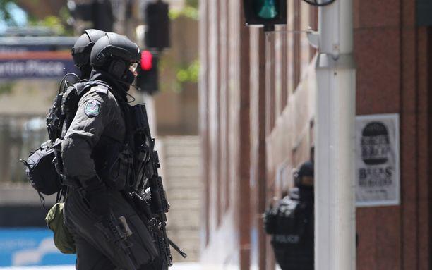 Sydneyn keskustassa on meneillään massiivinen poliisioperaatio.