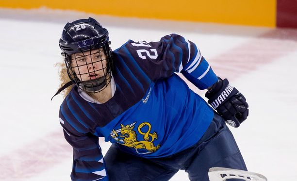Sara Säkkinen pelaa Naisleijonissa ensimmäisiä olympiakisojaan.