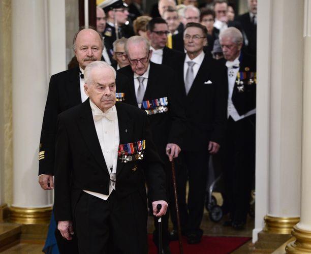 Viimeisen elossa olleen Mannerheim-ristin ritarin Tuomas Gerdtin hautajaiset pidetään Lappeenrannassa. Kuvassa Gerdt saapumassa Linnan juhliin itsenäisyyspäivänä vuonna 2014.