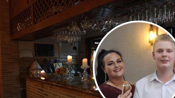 Emilia Koskinen ja Rasmus Hietamies pyörittävät baaria Espanjassa. Toistaiseksi baarin ovet ovat kiinni koronavirustilanteen takia,