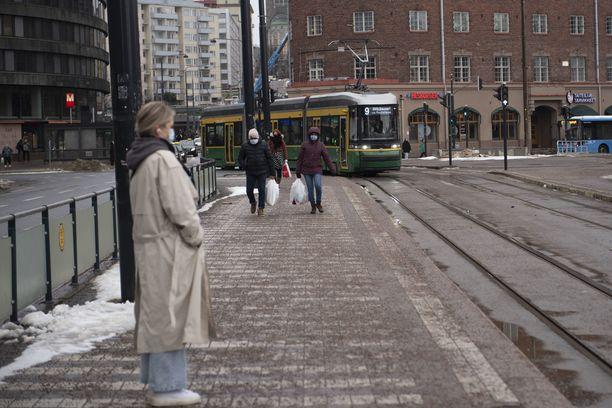 Liikkumisrajoituksia suunnitellaan pääkaupunkiseudulle Helsinkiin, Espooseen, Kauniaisiin, Vantaalle.