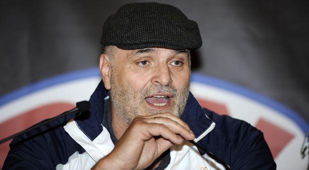 John Fury otteli ammattilaisena 13 kertaa vuosina 1987–95.