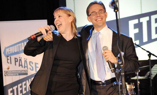 Kokoomus juhli eduskuntavaalien voittoa viime huhtikuussa.
