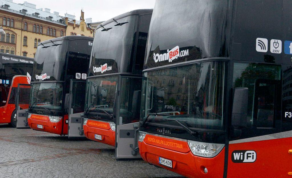 Japanilainen julkinen seksi sisään bussi