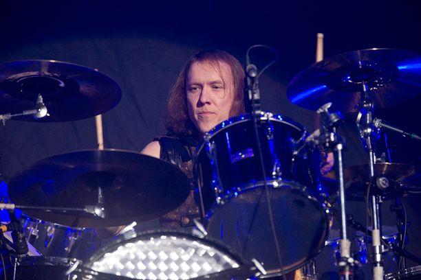 Apulanta on yksi kotimaisen musiikin menestystarinoita. Sipe on ollut yhtyeessä mukana alusta lähtien.