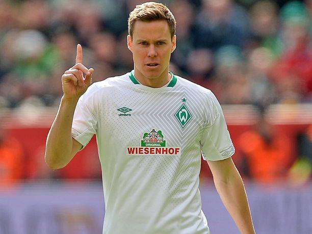 Niklas Moisander on Bremenin ykköstoppari ja koko Bundesliigan parhaita puolustajia.