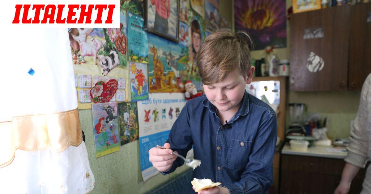 Sashalla, 8, ei ole sormia  Itä-Ukrainan sodan...