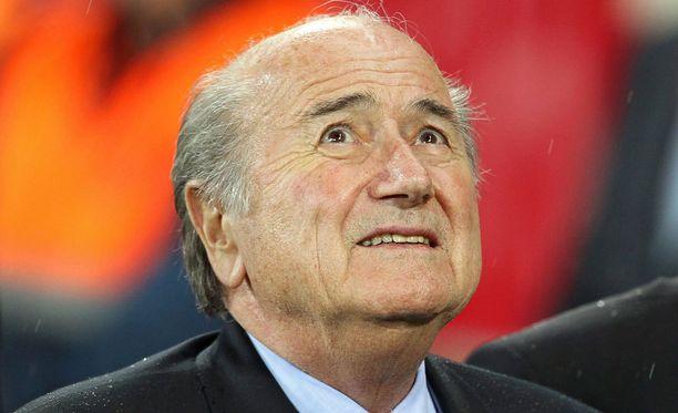Sepp Blatter joutui sairaalahoitoon.