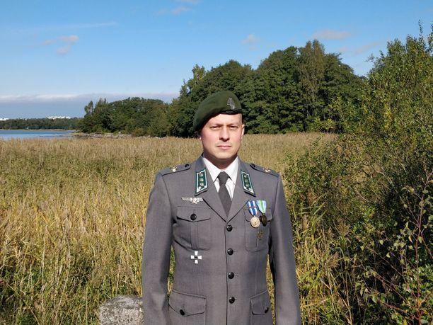 Kapteeni Petteri Lahikainen palveli suojausjoukkueen johtajana Afganistanissa vuonna 2019. Hänen palvelustoveristaan tekemät tutkintapyynnöt eivät ole johtaneet rikostutkinnan käynnistämiseen.