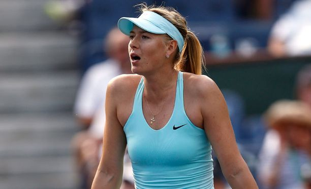 Maria Sharapova yllätettiin Indian Wellsin turnauksessa.
