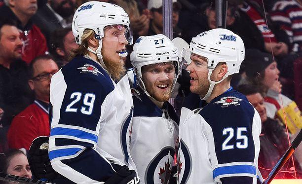 Tältä triolta odotetaan tehoja Winnipegissä.