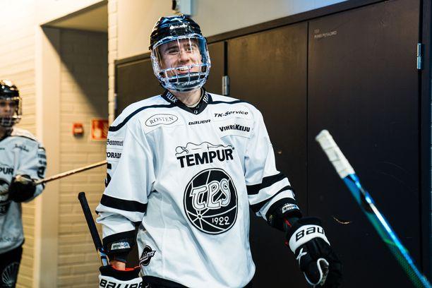TPS:n Eemil Virolla oli syytä hymyyn.