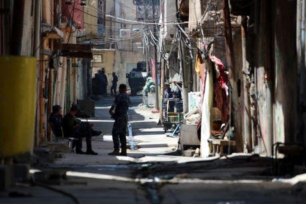 Irakin joukot ovat vallanneet takaisin suuren osan Mosulia. Länsiosassa kaupunkia haasteita tuovat vanha ja tiivis kaupunkirakenne. Kuva keskiviikolta.