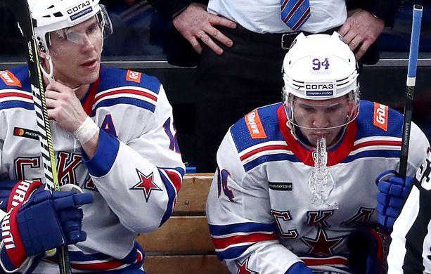 Jori Lehterä (vas.) ja Aleksandr Barabanov eivät jatka Pietarin SKA:ssa.