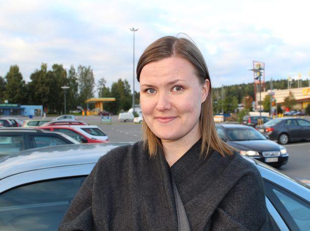 Milla Kytölä suhtautuu tiistaina kerrottuihin leikkauksiin maltillisesti.