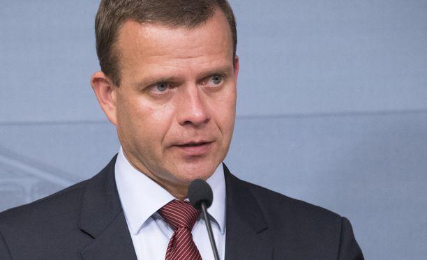 Petteri Orpon mukaan Suomen pitäisi kuulua kaikkiin läntisiin yhteisöihin, kuten Natoon.