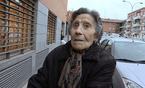 Rayo Vallecano auttoi tämän naisen takaisin jaloilleen yli 21 000 euron lahjoituksella.