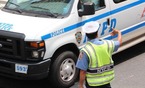 New Yorkin poliisi etsii sarjamurhaajaa.