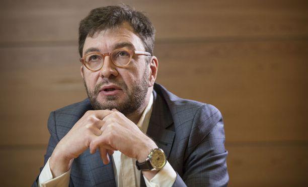 Timo Harakka turhautui Väestörekisterikeskuksen kansalaisvarmenteen hankalaan käyttöönottoon.