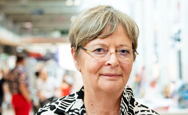 Europarlamentaarikko Liisa Jaakonsaari pelkää, mitä Trump vielä saa puheillaan aikaan.