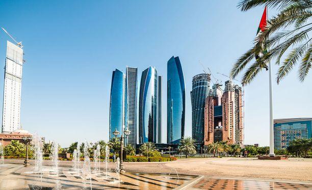 Al-Nahyanin perhe hallitsee Abu Dhabin emiraattia.