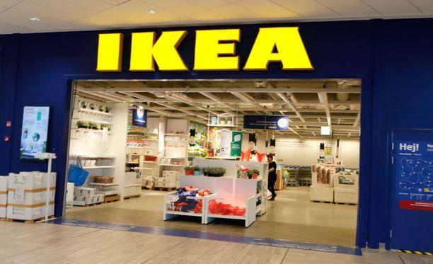 Ikea maksaa jättikorvaukset lapsensa lipaston takia menettäneille perheille.