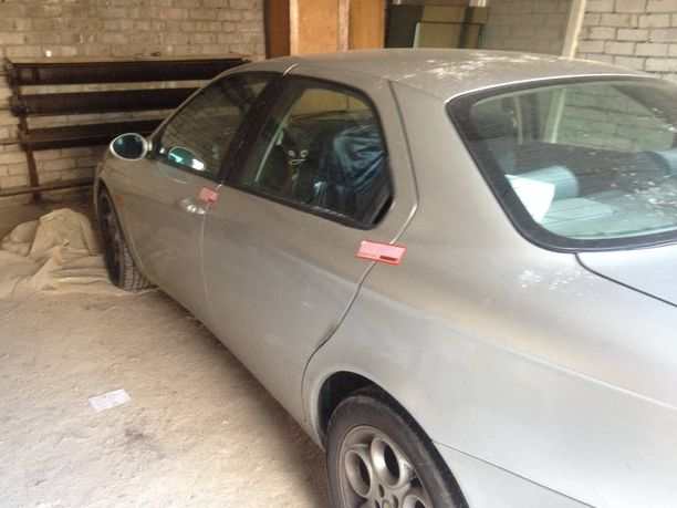 Suomen poliisi kävi hakemassa Latvian poliisin pysäyttämän auton Suomeen.