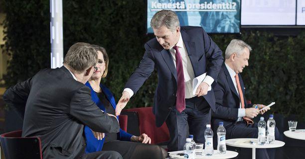 Presidenttiehdokkaat ehtivät käydä Iltalehdenkin tentissä viime maanantaina.