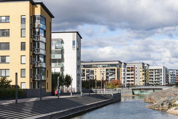 Kaupunkiyksiöiden hinnat jatkavat nousuaan, mutta muutoin yhä useampi asunto on riskisijoitus.