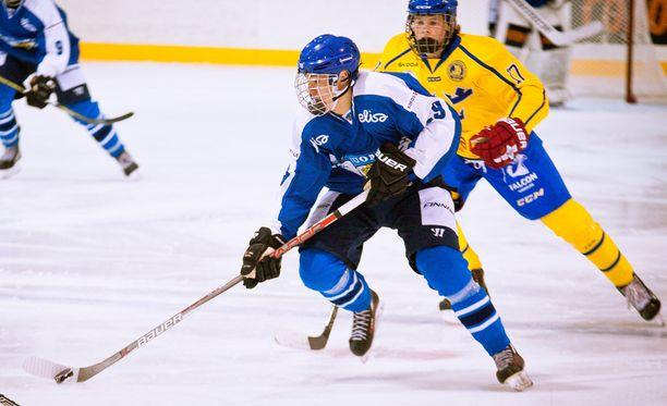 Wiljami Myllylä pelasi elokuun lopulla 17-vuotiaiden maajoukkueessa Ruotsia vastaan.