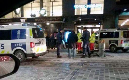 Tamperelaisesta yökerhosta löytyi kuollut ihminen – kaksi kiinni oheisrikoksesta