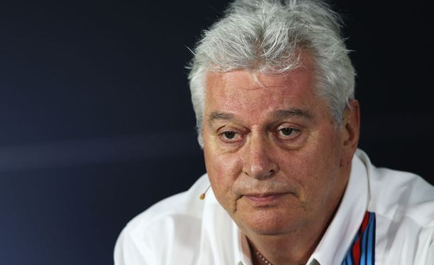 Pat Symonds yllättyi Mercedeksen vauhdista.