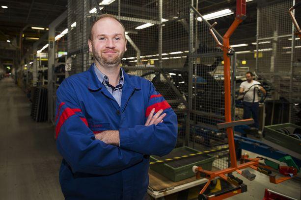 Valmet Automotive aloitti tammikuun lopussa 500 uuden autonrakentajan rekrytoinnin. Henkilöstöjohtaja Tomi Salo oli hyvillään uutisista.