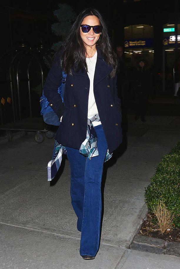 Olivia Munnin farkuissa on trendikäs pesu ja malli.