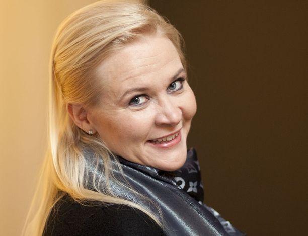 Sunneva Kantolan mielestä Miss Suomen kruunu ei ole menettänyt merkitystään.
