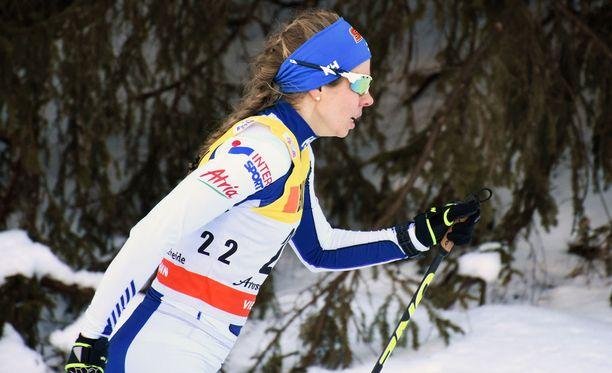 Iltalehden asiantuntija Toni Roponen odotti Laura Monoselta (kuvassa) enemmän sunnuntain kisasta Tour de Skillä. Monen oli sunnuntain 10 kilometrin perinteisen tavan väliaikalähdössä viidestoista.