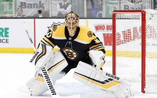 Sokkiuutinen! Tuukka Rask jättäytyy pois NHL:n pudotuspeleistä – taustalla perhesyyt