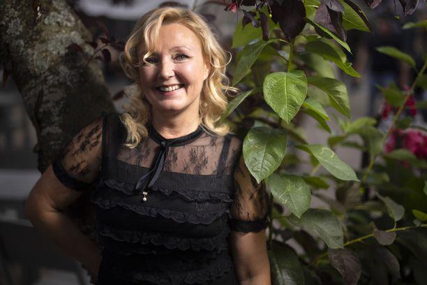 Mari Perankoski suututti Timo Soinin aborttikommenteillaan.