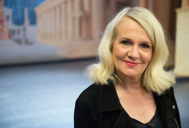 Miitta Sorvali tähdittää Mia Holopaisen vuoden 2012 ohjausta.