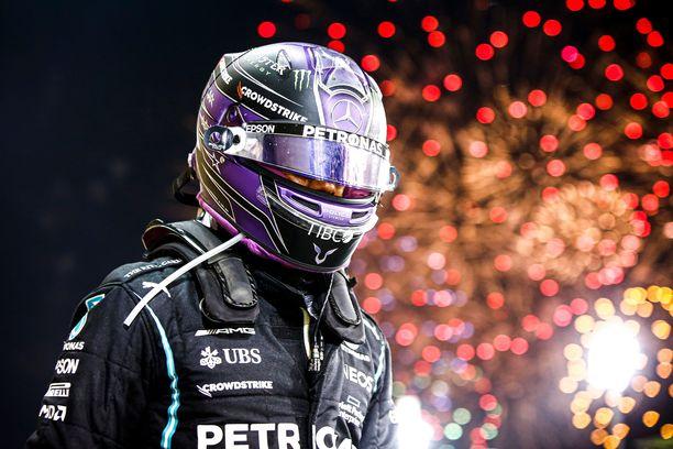 Lewis Hamilton on F1-sarjan kirkkain supertähti.