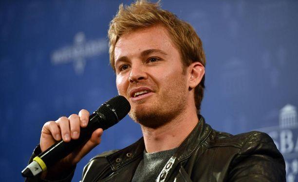 Nico Rosberg olisi tienannut mehevän summan kahden seuraavan kauden aikana.