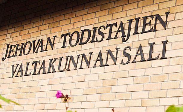Jehovan todistajien valtakunnansali yritettiin tuhopolttaa Turussa tammikuussa 2017