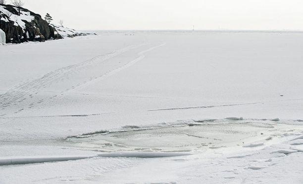 Helsinkiläispoika menehtyi hiihtoretkellä. Kuvituskuva.