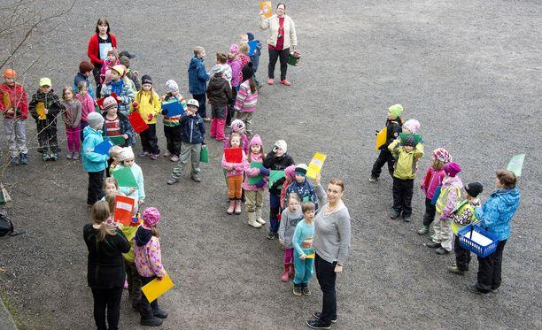 Jämsän, Pieksämäen, Rovaniemen, Savonlinnan ja Ylöjärven kaupungeissa kokeillaan muun kuin ruotsin kielen opiskelua. Kuvituskuva.