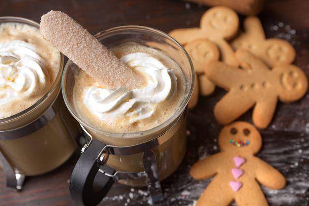 Kaikki kalorit eivät huku kahviin, mutta kohtuullinen herkuttelu on jouluna ehdottomasti sallittua.