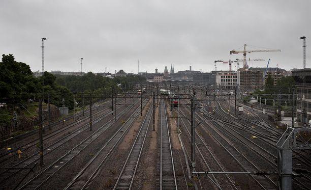 Helsinki-Kerava -välillä on mahdollisia myöhästymisiä henkilövahingon vuoksi. Kuvituskuva.