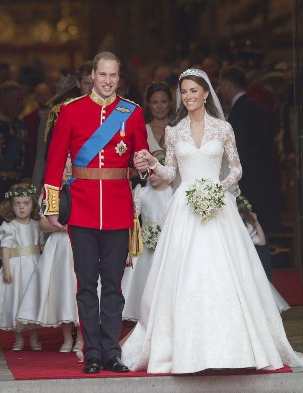 Prinssi William ja herttuatar Catherine vihittiin kesällä 2011.